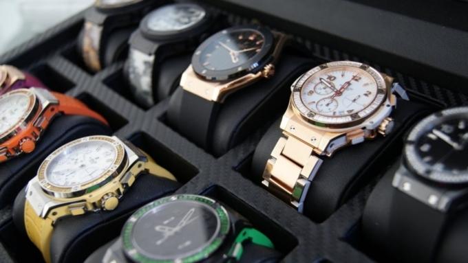 Вцентральной части Москвы украли коллекцию наручных часов на6 млн рублей
