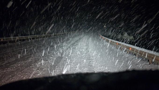 Из-за метели вАлтайском крае закрыли дороги в 6-ти районах