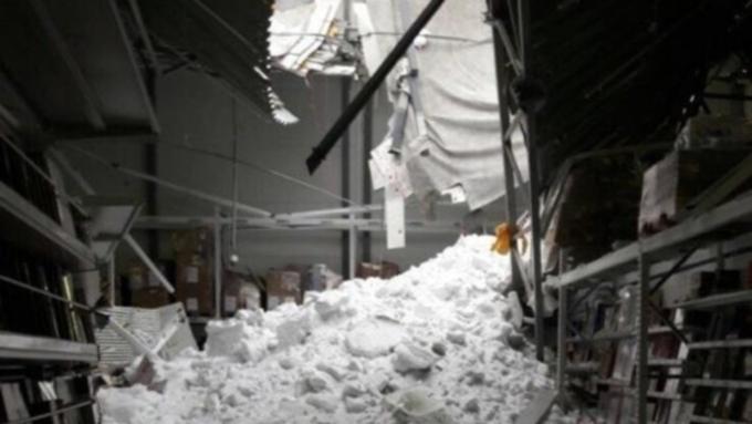 Названа причина обрушения крыши вТРЦ «Галактика» вБарнауле