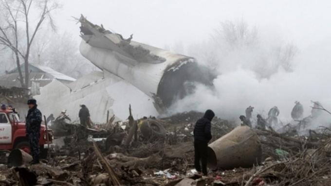Число погибших катастрофы под Бишкеком выросло до 38 человек