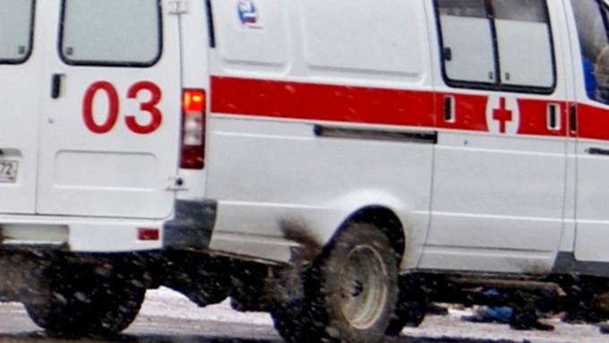ВБарнауле наостановке городского автомобильного транспорта скончался мужчина