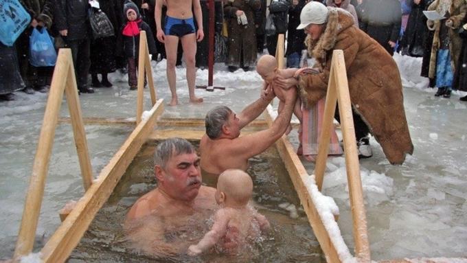 Дети крещение купель фото