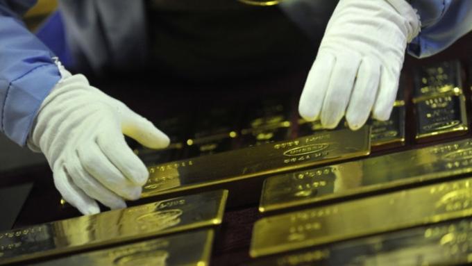 Центробанк Российской Федерации загод увеличил золотые резервы на200 тонн