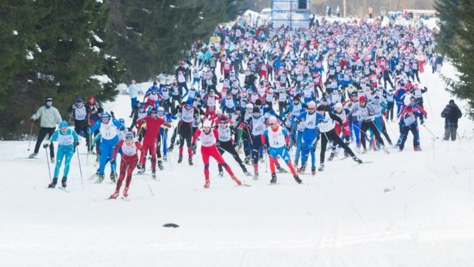 «Лыжня России» будет стартом напути кспортивным триумфам— Путин