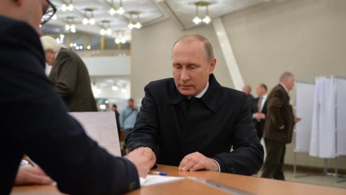Досрочных президентских выборов небудет— Источник вКремле