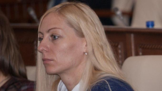 Алтайский депутат от ЛДПР Иванникова досрочно сдала свой мандат