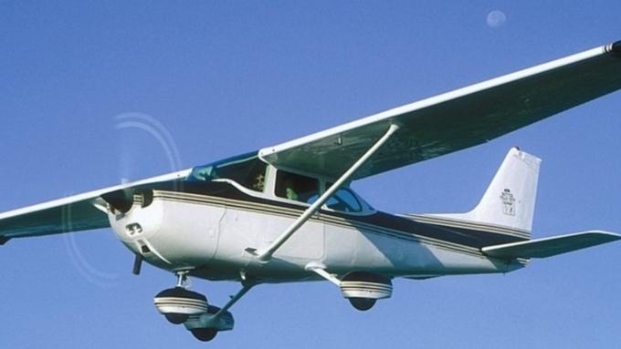 При жесткой посадке самолета вКалужской области пострадали двое
