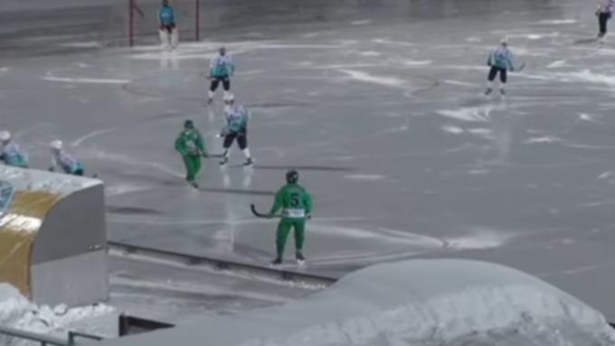 Федерация хоккея смячом дисквалифицирует команды за20 автоголов водном матче