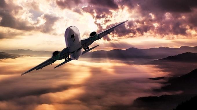 Пассажир самолета скончался после экстренной посадки вВолгограде