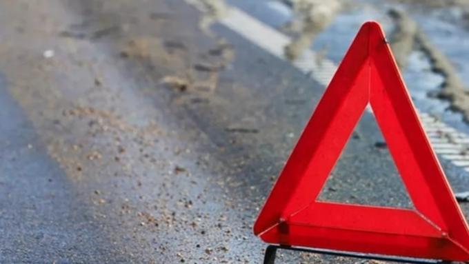 Милиция отыскала водителя красного седана, сбившего ребенка вБарнауле