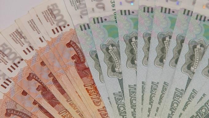 В Кузбассе бухгалтер УК украла 57 млн рублей, чтобы играть на бирже