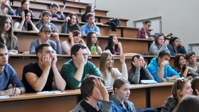 Рособрнадзор остановил прием студентов вСПбГИКиТ