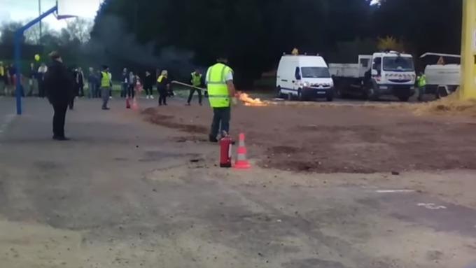 Взрыв накарнавале встолице франции: украинцев среди пострадавших нет