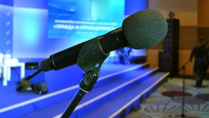 """Первые дебаты по праймериз """"Единой России"""" пройдут в Барнауле 8 апреля"""