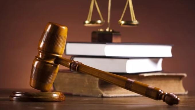 Запопытку тройного убийства судят 16-летнюю жительницу Новосибирска