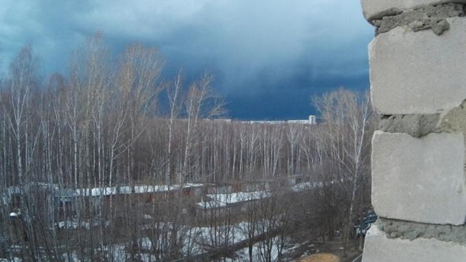 ВАлтайском крае объявили штормпрогноз из-за сильного ветра