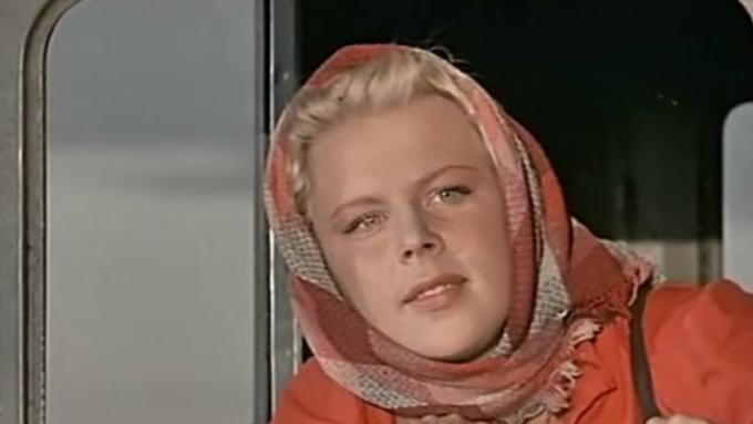 Погибла звезда «Девушки сгитарой» иагент КГБ артистка Лариса Кронберг