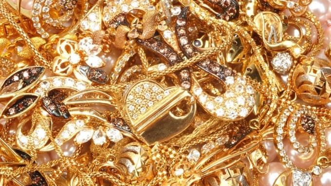 МинэкономразвитияРФ планирует легализовать интернет-торговлю ювелирными изделиями