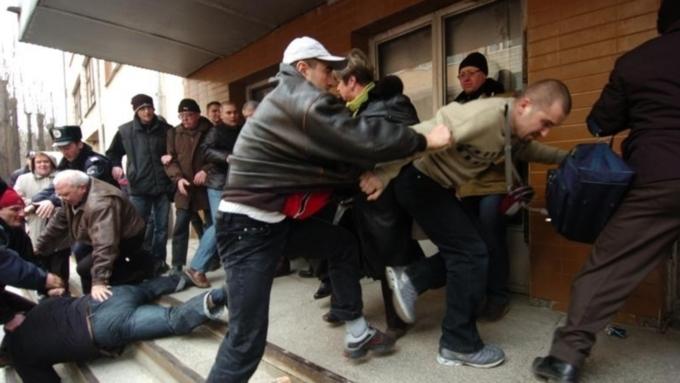 В столицеРФ произошла массовая драка с употреблением огнестрельного оружия игранат