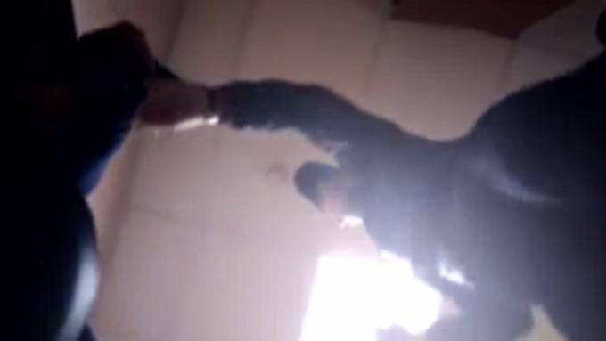 Охранники безжалостно  избили клиента  вчелябинском гипермаркете
