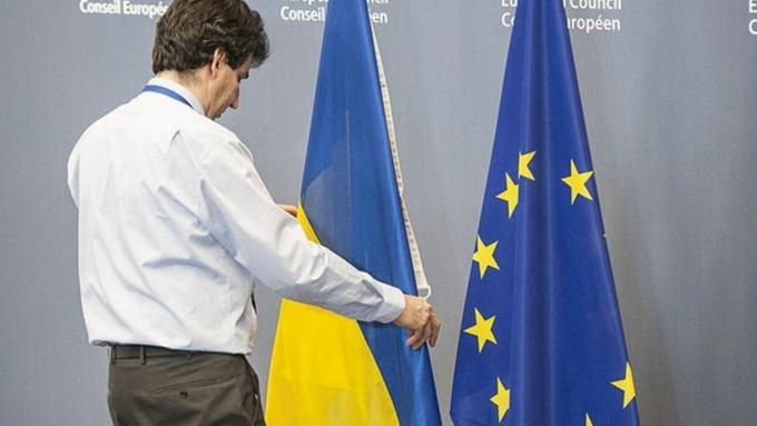 EC отменил визы для жителей Украинского государства
