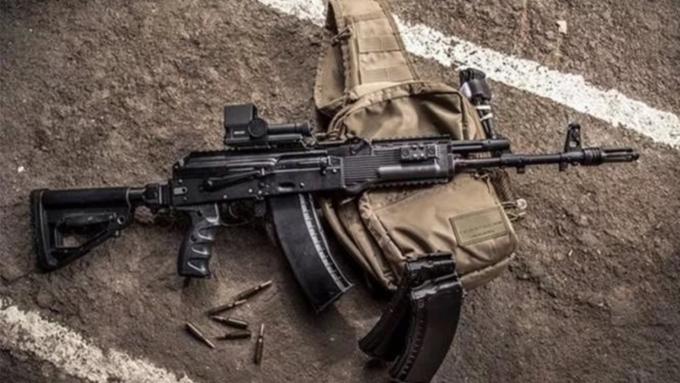 Суд оштрафовал русского бойца, потерявшего автомат вовремя военных действий вСирии