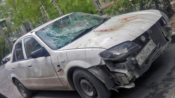 ВНовосибирске нетрезвый мужчина отомстил жене, разбив ееавтомобиль