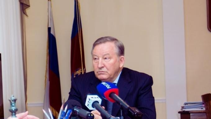 Александр Карлин отчитался о собственных доходах за2016 год