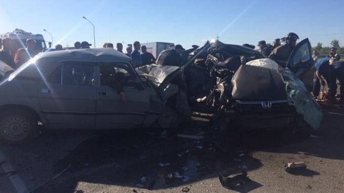 Натрассе под Барнаулом вДТП погибли 5 человек