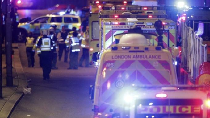 Лондон подтвердил смерть 2-х человек втеракте на«Лондон-бридж»