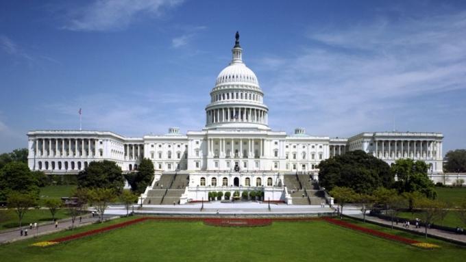 США хотели снять нефтяные санкции сРФ вначале весны?