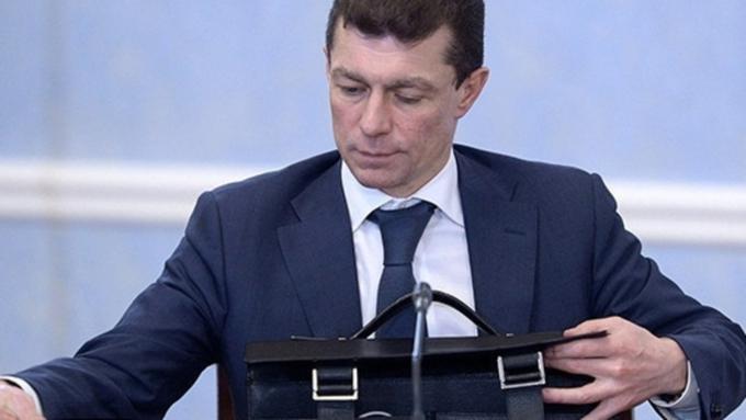 Долги по заработной плате напредприятиях Приморья достигли 15% всей русской задолженности— Топилин