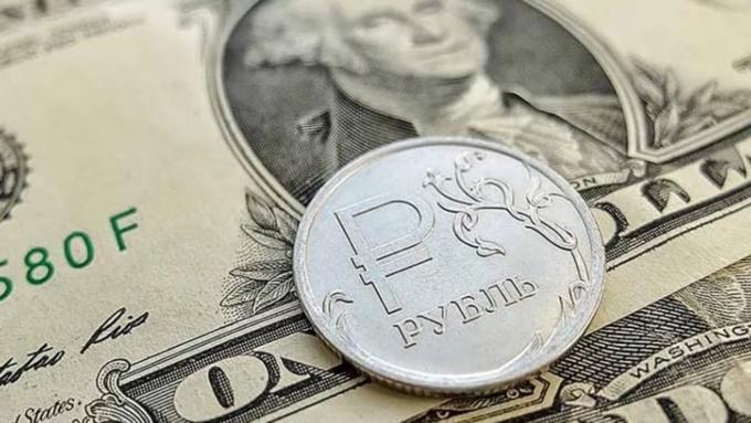 Экономисты прогнозируют ослабление рубля во 2-ой половине 2017 года