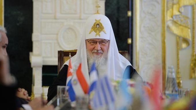 Патриарх Кирилл провел закрытую встречу сполитологами ифилософами