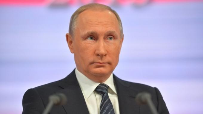 Путин: Рецессия в российской экономике преодолена, но количество бедных россиян увеличилось