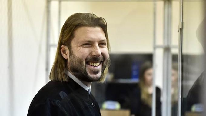 ВПриозерске судят экс-священника Глеба Грозовского, обвиняемого впедофилии