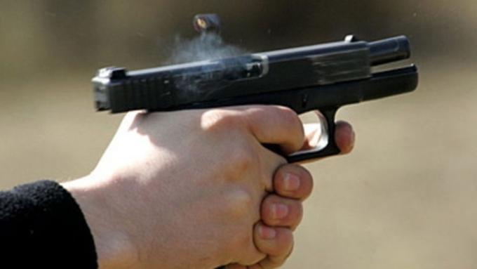 Пострадавшую при стрельбе вкоммуналке 16-летнюю девушку признали нетрезвой