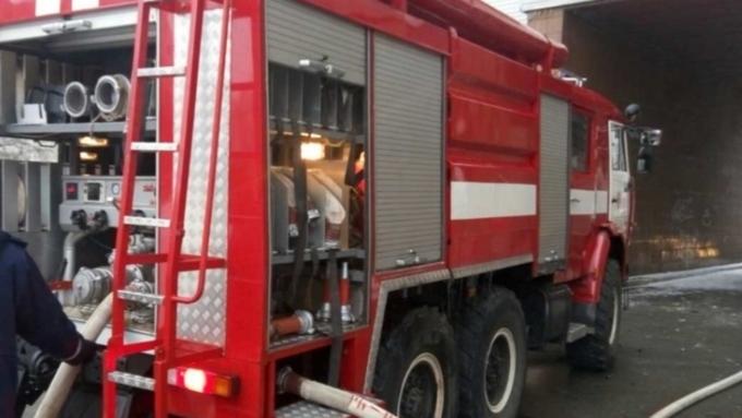 ВБарнауле 26 пожарных тушили личный дом