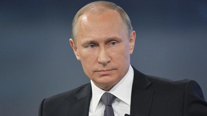 Путин подписал поправки кзакону овоенном положении