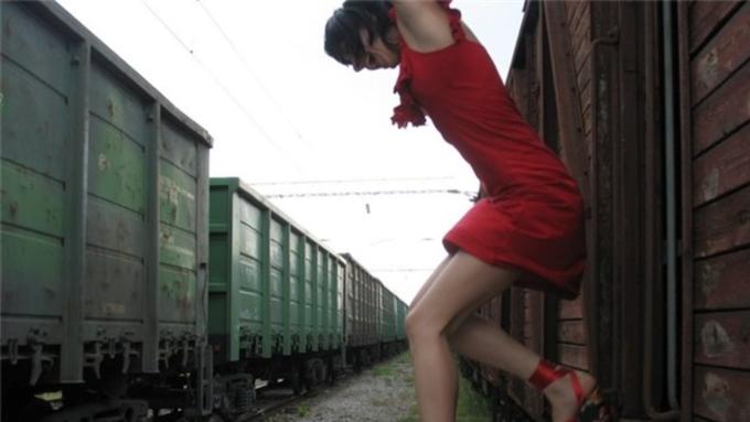 НаАлтае осудили проводницу, заставившую пассажиров сигануть изпоезда находу