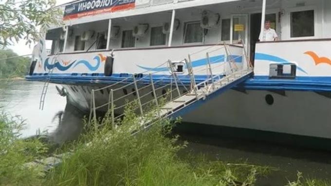 ВБарнауле трап спассажирами упал вводу, возбуждено уголовное дело