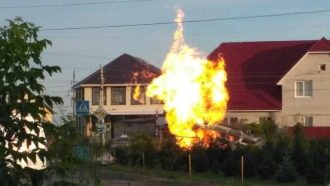 Барнаульский поселок навремя остался без газа из-за взрыва автомобиля после трагедии