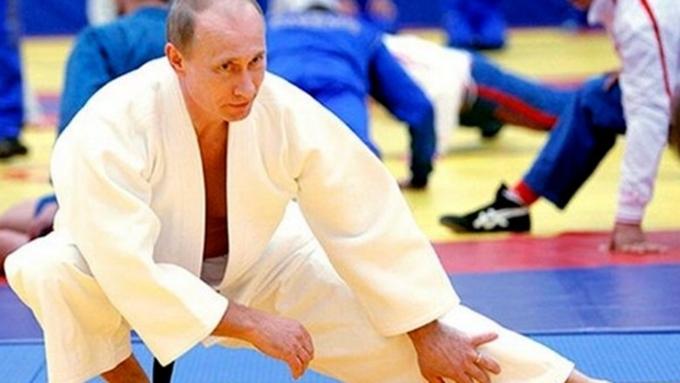 Репортер изсоедененных штатов решил вызвать В.Путина наспарринг