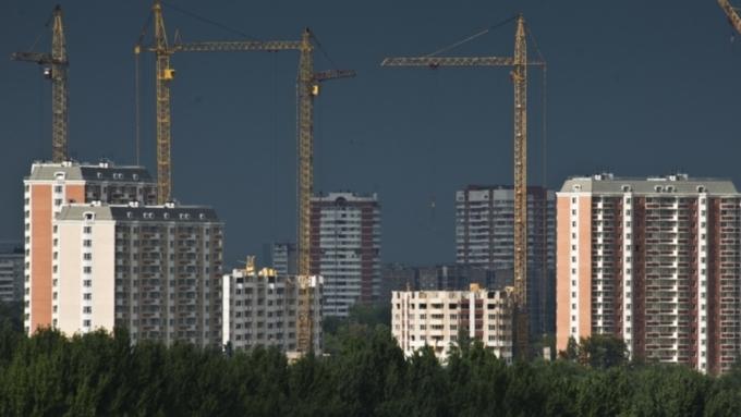 Средняя заработная плата вКрасноярском крае стала больше натысячу руб.