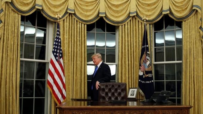 Дональд Трамп назвал Белый дом «настоящей дырой»