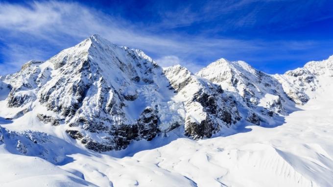 ВШвейцарских Альпах оттаяли сотни тел погибших альпинистов