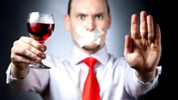 Практически 40% граждан России впрочем неупотребляют спирт