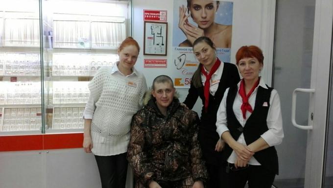 Наградой «Заотвагу» наградил Путин новосибирского охранника
