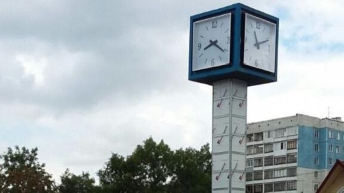 Следователи занялись поиском вандалов, испортивших часы наИсакова вБарнауле