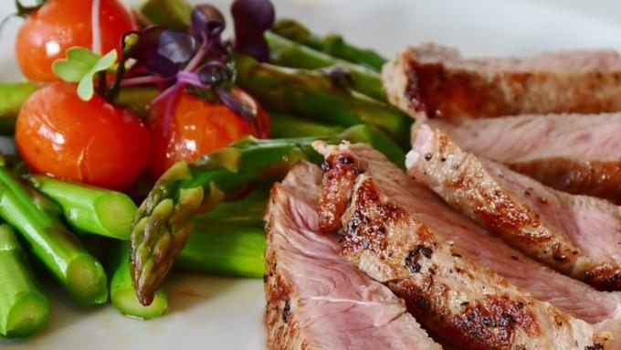 Учёные выяснили, какая диета больше всего продлевает жизнь